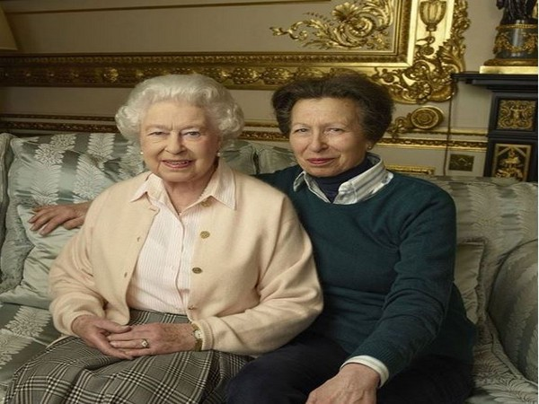 Queen Elizabeth and Princess Anne, Image courtesy: Instagram