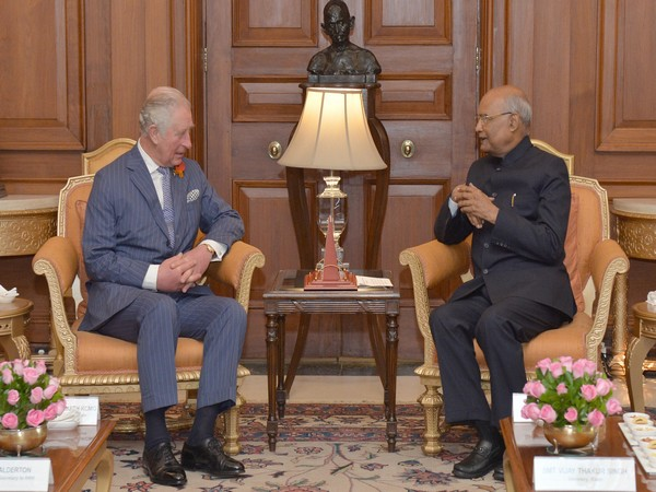 President Ram Nath Kovind (R) with Britain's Prince Charles (L)