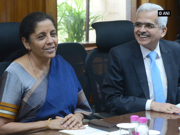 Finance Minister Nirmala Sitharaman and RBI Governor Shaktikanta Das in New Delhi on Monday during a high level meeting. Photo/ANI