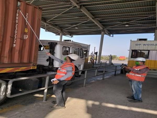 Installation of RFID tags at port