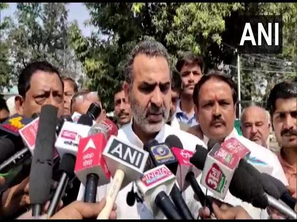 Sanjeev Balyan, Union Minister of State for Animal Husbandry and Muzaffarnagar MP speaking to media. (Photo/ANI)