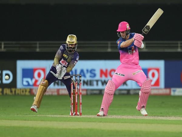 Rajasthan Royals' pacer Tom Curran in action against KKR. (Photo/ iplt20.com)