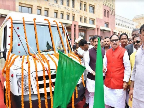 RSDC - Mobile vans being flagged off