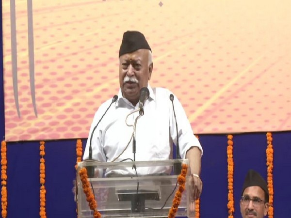 RSS Chief Mohan Bhagwat speaking at an event in Nagpur on Sunday. Photo/ANI