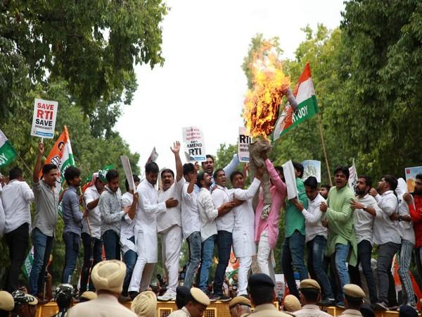Youth Congress workers protesting against RTI (Amendment) Bill, 2019 on Saturday in New Delhi. Photo/ANI