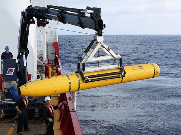 A underwater drone (Photo Credit: Reuters)