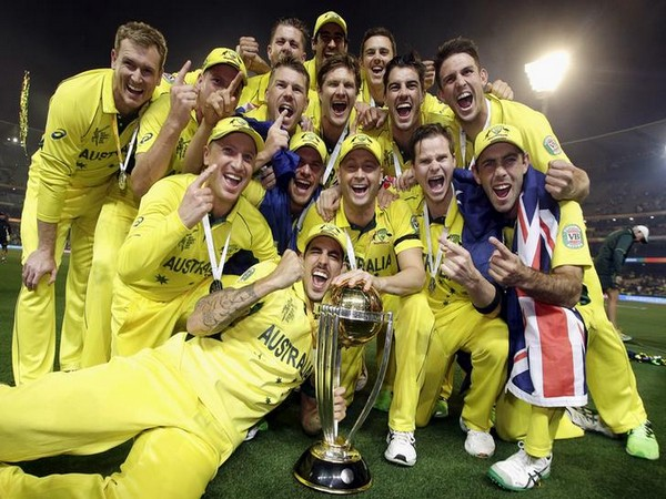 Team Australia with the 2015 ICC Men's Cricket World Cup trophy