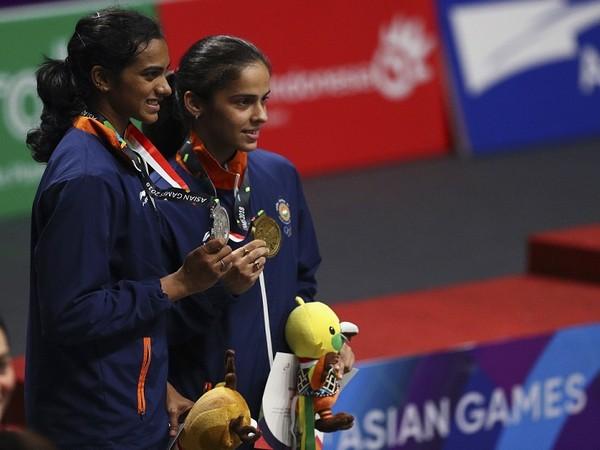 India shuttlers PV Sindhu and Saina Nehwal (file image)