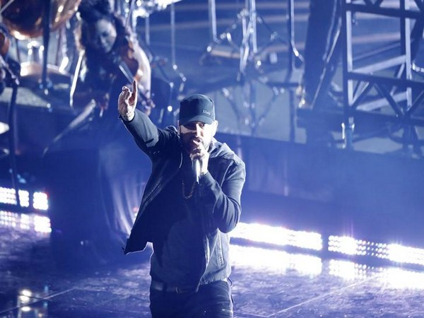 Eminem performs Lose Yourself at 92nd Academy Awards