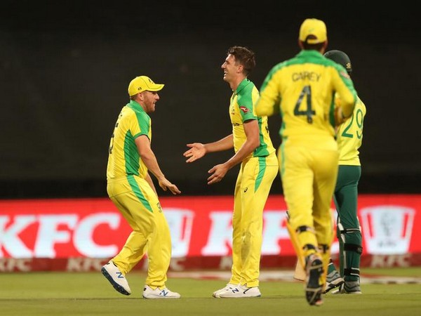 Australian cricket team in action against South Africa in Newlands on Wednesday.