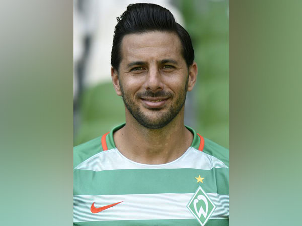 Wreder Bremen player Claudio Pizarro
