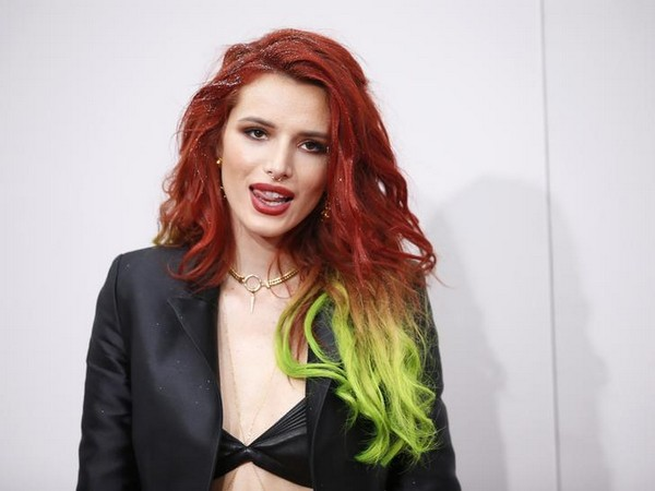 Bella Thorne at the 2016 American Music Awards