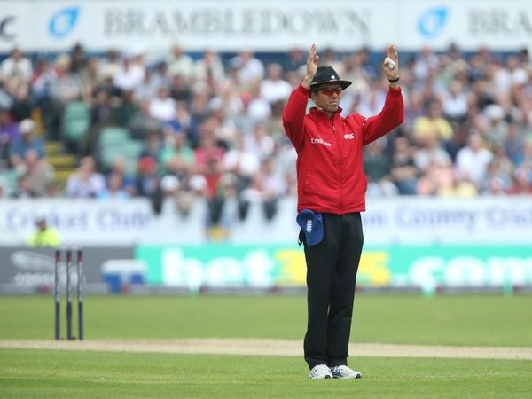 Cricket Umpire Nigel Llong