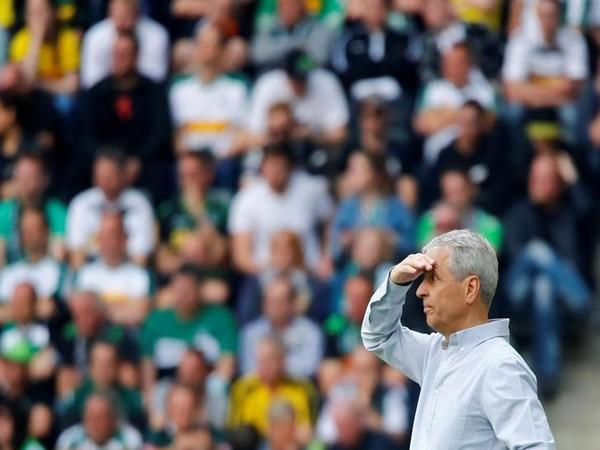 Borussia Dortmund coach Lucien Favre