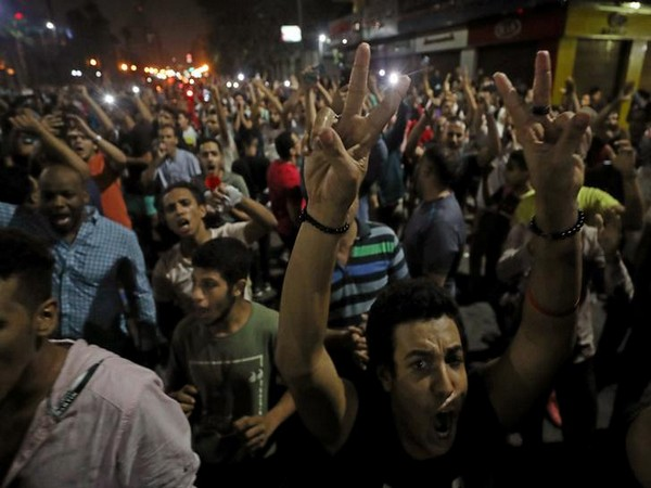 Small groups of protesters gather in central Cairo shouting anti-government slogans in Cairo, Egypt September 21