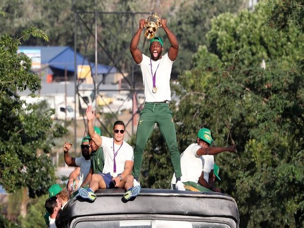 South Africa's Siya Kolisi with the Rugby World Cup trophy