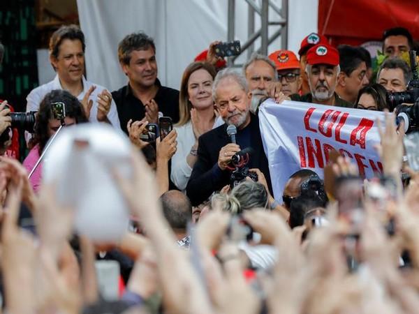 Brazil: Judge rules ex-President Lula released from jail