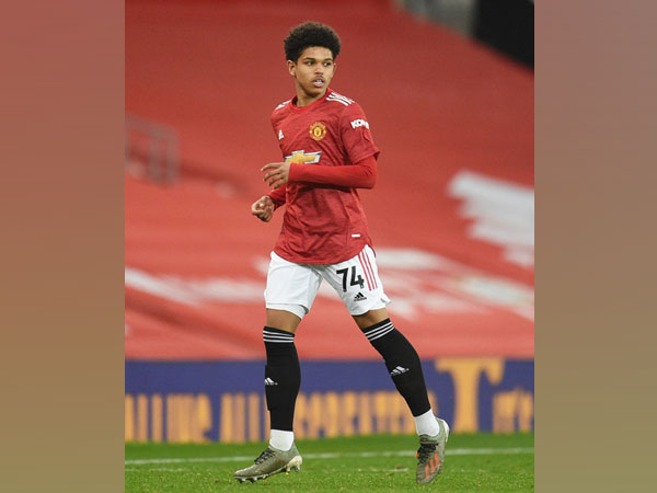 Manchester United forward Shola Shoretire