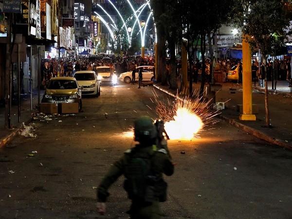 Hostilities increase between Israel and Palestine (Credit: Reuters Pictures)