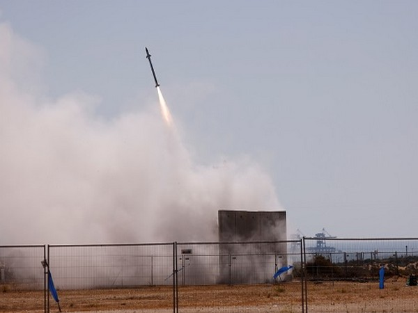 Israel's Iron Dome anti-missile system (Photo Credit: Reuters)