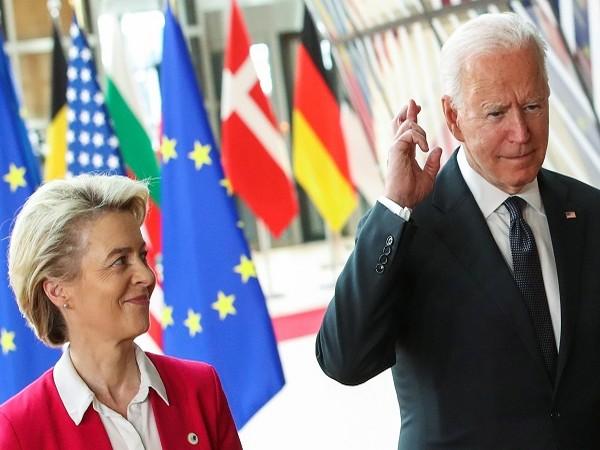 European Commission President Ursula Von der Leyen with US President Joe Biden (Credit: Reuters)
