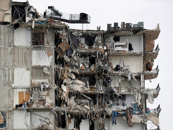 Residential building collapse in Florida, US (Credit: Reuters)