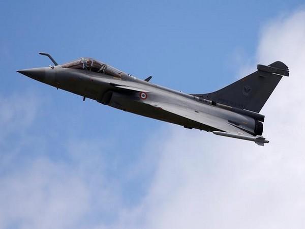 A Dassault Rafale fighter plane