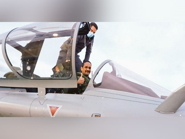Three Rafale fighter jets to arrive in India (Photo Credit: Twitter/India in France)