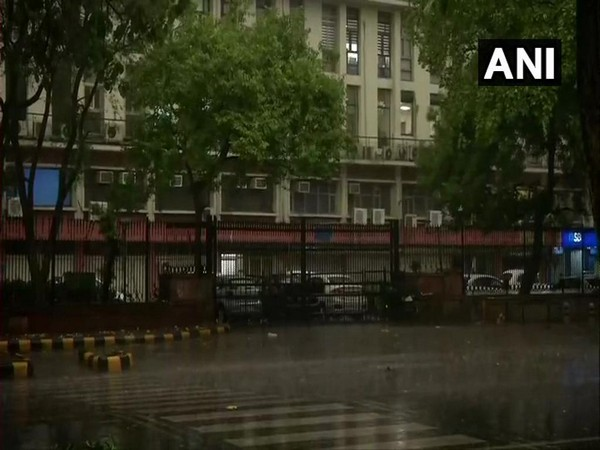 A visual from near Shastri Bhawan in New Delhi [ Photo/ANI ]