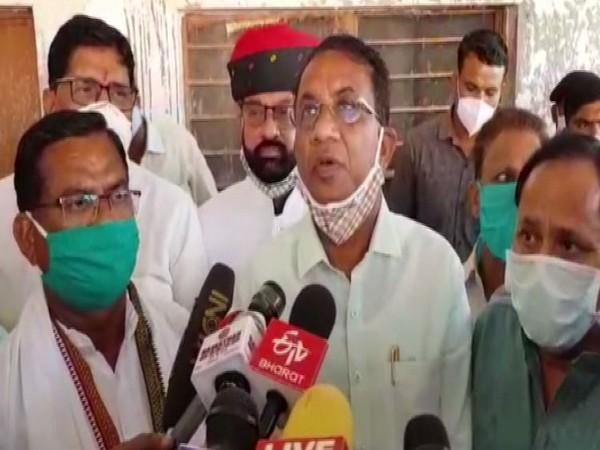Rajasthan Minister Arjun Singh Bamaniya speaking to reporters on Sunday. Photo/ANI
