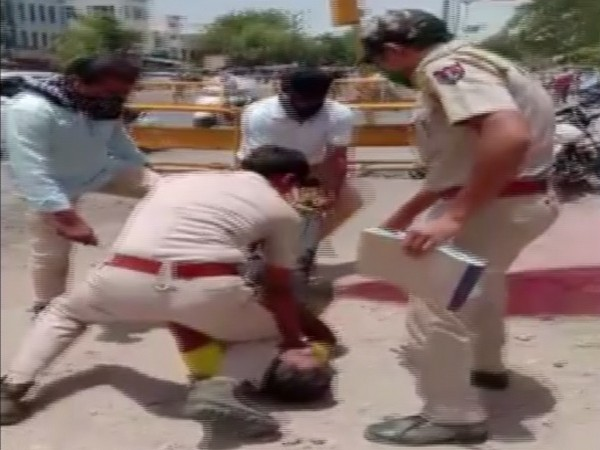 Visuals from the viral video of the incident. Photo/ANI