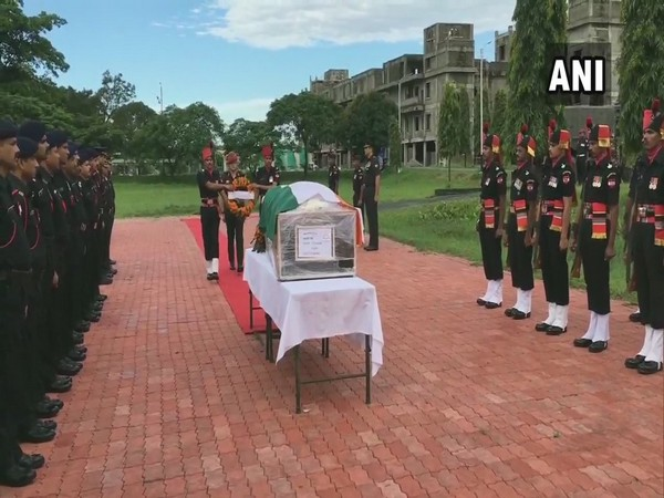 West Bengal: Army officials pay tribute to Naik Rajib Thapa on Sunday. Photo/ANI