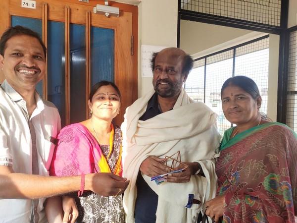 Rajnikanth at the Swami Dayanand Ashram in Rishikesh. Photo/ANI