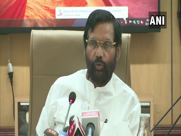 Union Minister for Consumer Affairs Ram Vilas Paswan speaking to reporters in New Delhi on Friday. Photo/ANI