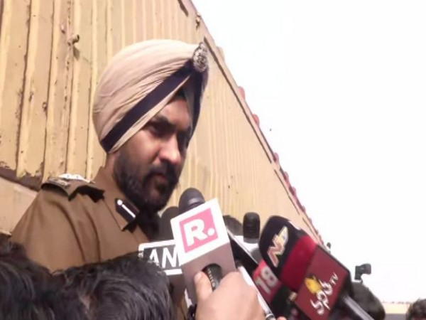 Delhi Police PRO MS Randhawa speaking to reporters in New Delhi on Sunday. Photo/ANI
