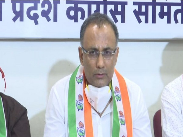 All India Congress Committee (AICC) secretary in-charge of Goa Dinesh Gundu Rao at press conference in Panaji on Saturday. Photo/ANI