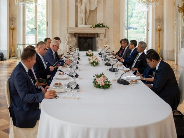 External Affairs Minister S. Jaishankar holds delegation-level talks with his Polish counterpart Jacek Czaputowicz on Thursday in Warsaw (Picture Credits: Jaishankar/Twitter)