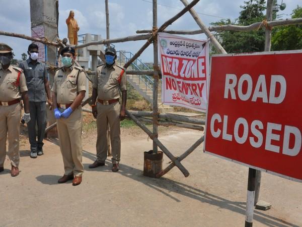 Deputy Inspector General K.V Mohan Rao visits COVID-19 red zones (photo/ANI)