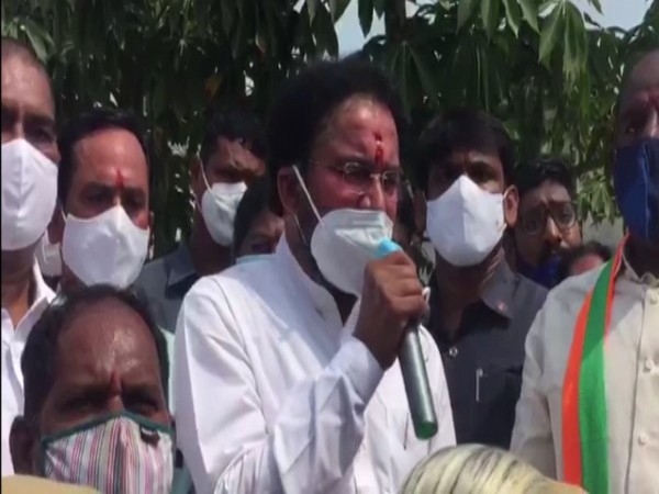 Union Minister of State for Home Affairs G Kishan Reddy on Friday visited the flood-affected areas in Rangareddy district.