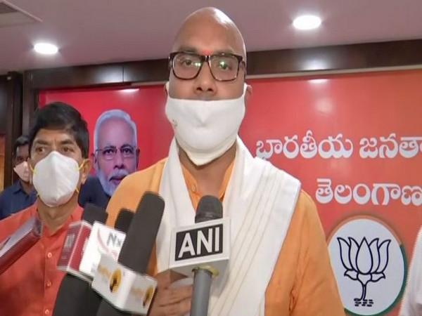 Nizamabad MP Dharmapuri Arvind talking to reporters on Wednesday.