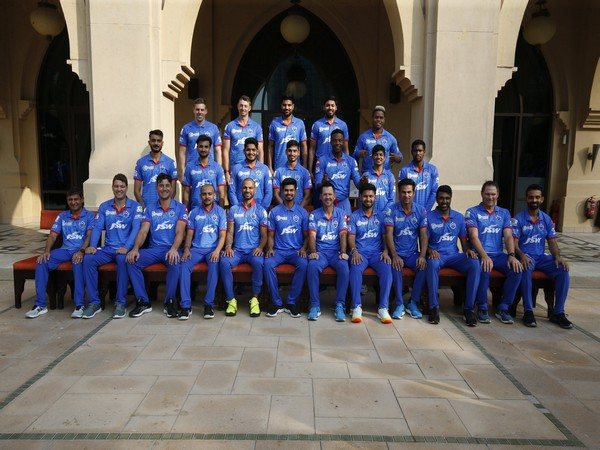 Delhi Capitals squad and support staff (Photo/ Ricky Ponting Twitter)