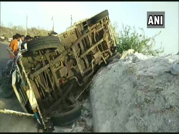 The ill-fated pickup which met with the accident after hitting the rock in Banaskantha, Gujarat, on Friday. Photo/ANI
