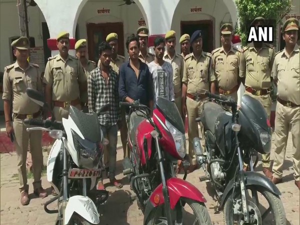 UP police arrests three with 27 mobile phones. Photo/ANI