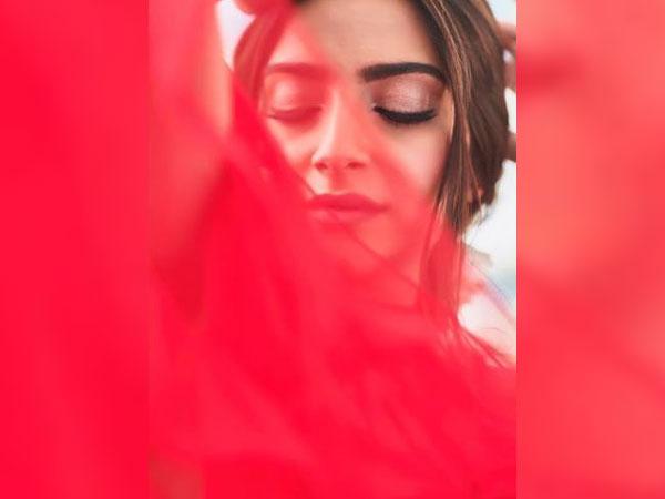 Sonam Kapoor, Picture Courtesy: Instagram