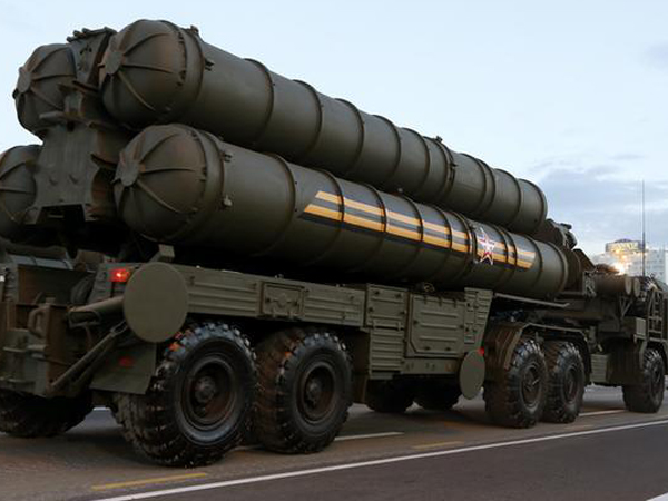 Russia's S-400 missile system (file photo)