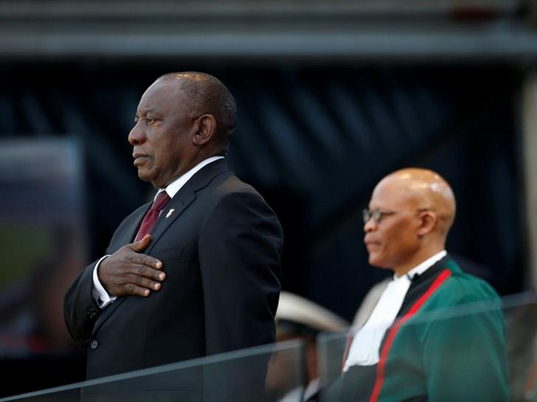 Cyril Ramaphosa takes the oath of office at his inauguration as South African president, at Loftus Versfeld stadium in Pretoria on Saturday