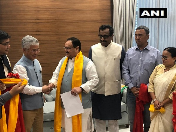 10 SDF MLAs joining BJP at party's headquarters in New Delhi on Tuesday. (Photo/ANI)