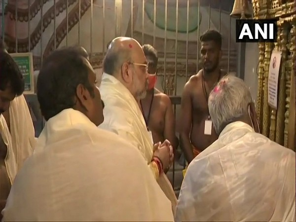 Union Home Minister Amit Shah offering prayers at Suchindram Temple, Kanyakumari. (Photo/ANI)