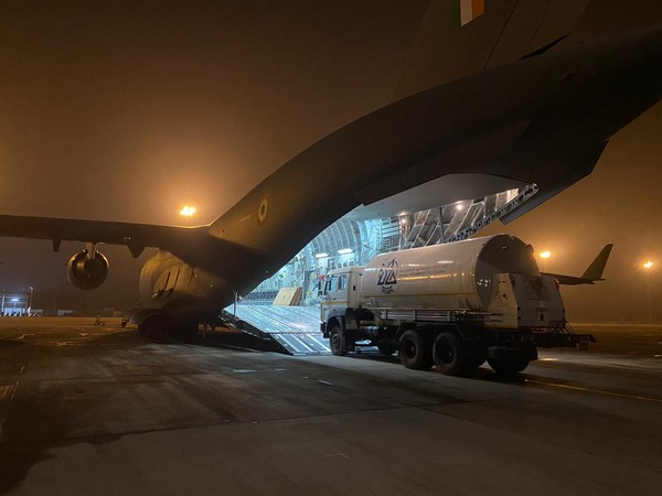 IAF airlifted three cryogenic oxygen containers from Singapore (Photo/ANI)