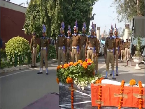 Police officers paid tribute to the slain CRPF soldier on Tuesday (ANI)